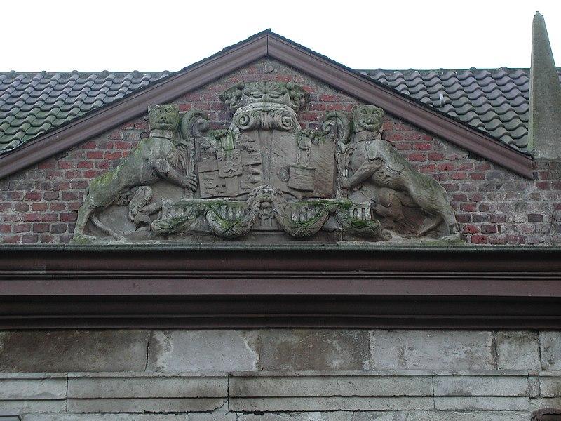 Datei:009-Wappen-der-Burg.JPG