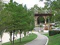 010 Parc de Vallparadís (Terrassa), al fons el pont del Passeig.jpg