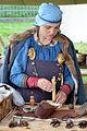 02015 0050 Mittelalter Kleidung für Wikingerfrauen.JPG