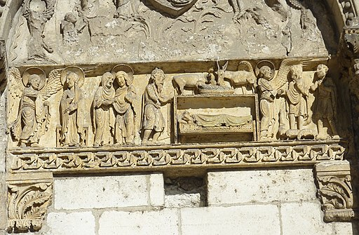 025 La Charité-sur-Loire Frise sculptée de la porte de l'abbatiale