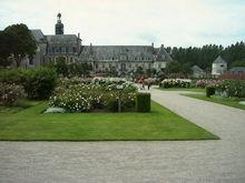 A la découverte de la Somme avec Google Earth 220px-04-06-12_Valloires-_Abbaye_de_16