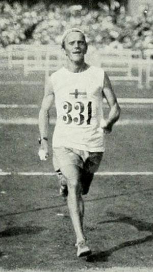 Sigfrid Jacobsson - Jacobsson finishing the marathon in 1912