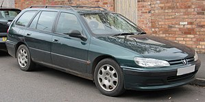 1998 Peugeot 406 LX DT Break 1.9 Front.jpg