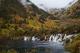 1 jiuzhaigou valley sleeping dragon falls 2011.jpg