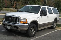 Ford Excursion (2000–2004)