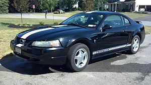 Ford Mustang (fourth generation) - 2001 Ford Mustang Premium