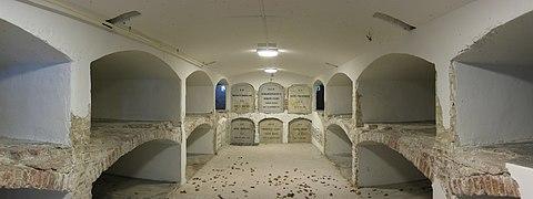 20111014 Hereweg 89-91 (Crypte kapel RK Kerkhof) Groningen NL.jpg