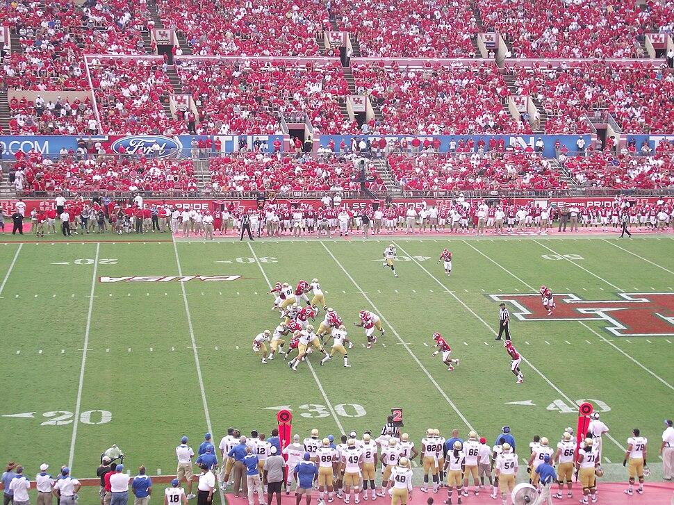2011 Houston Cougars vs UCLA Bruins, stadium view