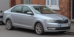 2014 Skoda Rapid SE Connect TSi 1.2 Front.jpg