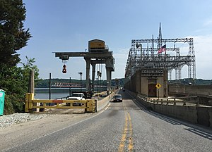 Conowingo Dam - View north on US 1 just before crossing the dam