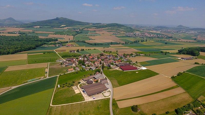 File:2018-05-11 15-01-53 Schweiz Barzheim Geren 682.4.jpg