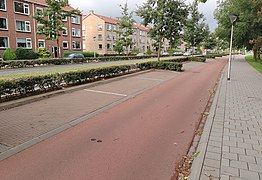 20200925-parking-lined-parallel.jpg