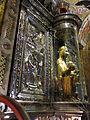 225 Basílica de Montserrat, imatge de la Mare de Déu, a la cambra del tron.JPG