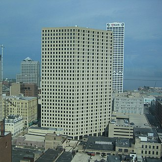 411 East Wisconsin Center - The building from the west in 2006