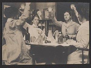 Elizabeth Shippen Green -  Violet Oakley, Jessie Wilcox Smith, Elizabeth Shippen Green, and Henrietta Cozens, ca. 1901