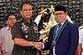 AFP Chief Galvez and MILF Chairman Murad.jpg
