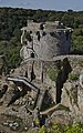 Accès au donjon du Château de Tonquédec.jpg