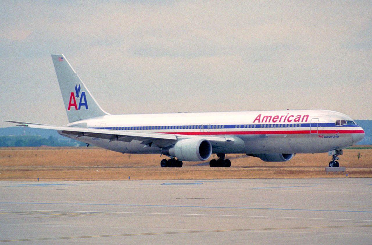 File American Airlines Boeing 767 300er N39365 Ory 06 08