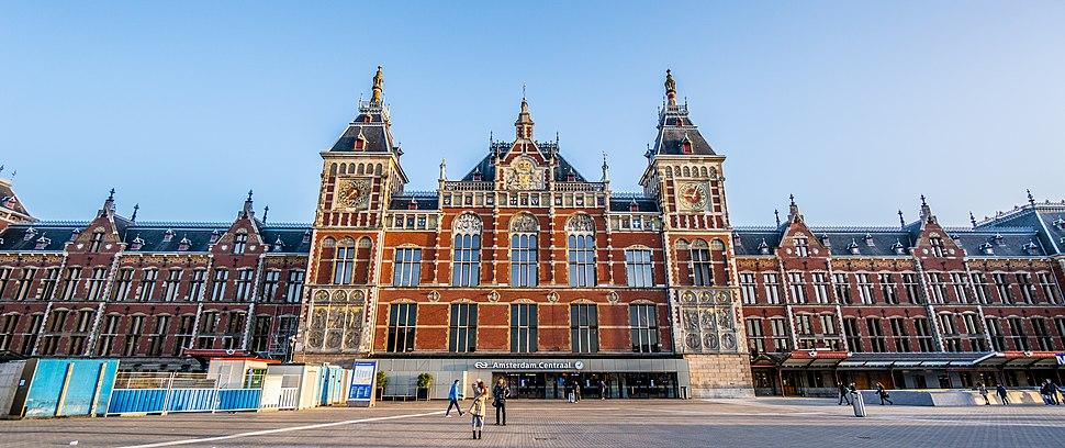Amsterdam Central Station1