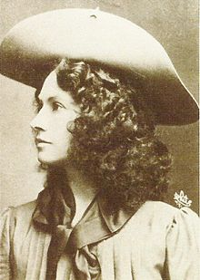 Annie Oakley: Supported women's equality by embracing Second Amendment rights