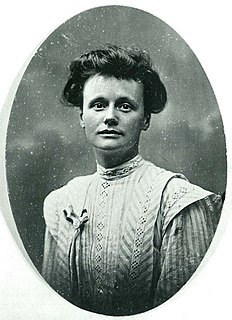 Annot Robinson British suffragist and pacifist