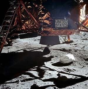 Moon landing conspiracy theories - Under the Apollo 11 Lunar Module