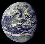 Apollo 11 Image of the Earth (AS11-36-5337).jpg