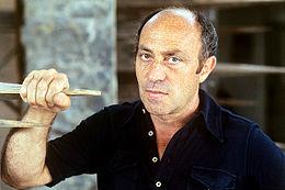 Arnaldo Pomodoro 1975.jpg