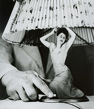 Photomontage - A 1950 photomontage by Grete Stern