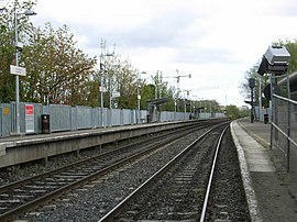 Ashtown railway station in 2007.jpg