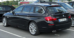 BMW 520d Touring (F11) rear 20100821.jpg