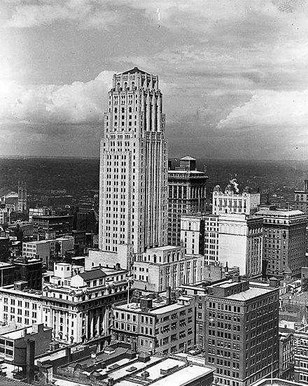Commerce Building (c. 1930), now known as Commerce Court North in Toronto BankofCommerce1930.jpg