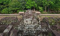 Baphuon, Angkor Thom, Camboya, 2013-08-16, DD 18.jpg