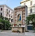 Bari edicola Madonna in Largo Francesco Carabellese.jpg