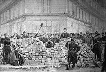 Barricade Voltaire Lenoir Commune Paris 1871.jpg
