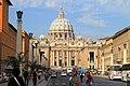 Basilica di San Pietro da Via della Conciliazione - panoramio.jpg