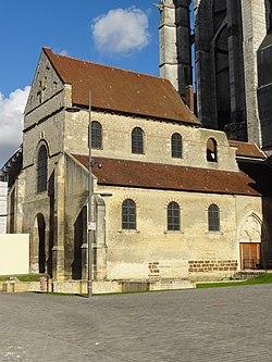 Beauvais (60), église Notre-Dame-de-la-Basse-Œuvre, élévation sud 2.jpg