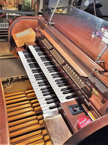 Datei:Berlin-Pankow, St. Georg (Hans Hammer-Orgel) (3).jpg