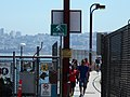 Bike route sign, Golden Gate Bridge (21760013311).jpg
