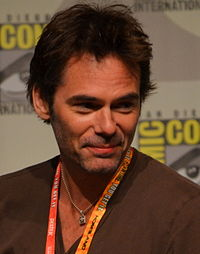 Billy Burke Comic-Con 2012.jpg