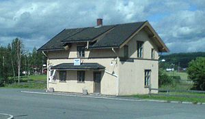 Bjørkelangen - Image: Bjørkelangen stasjon beskåret