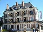 Monument de Martine 25/07/2015 - trouvé par Ajonc 150px-Blois.Maison_de_la_Magie.wmt