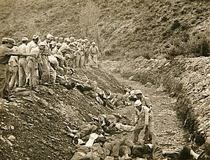 Bodo League massacre mass grave US ARMY 1950.jpg
