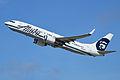 Boeing 737-890(w) 'N523AS' Alaska (14107102780).jpg