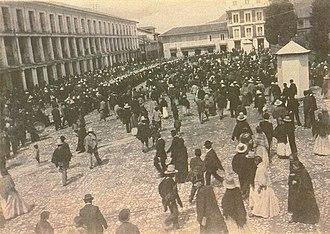 Timeline of Bogotá - Plaza Bolívar 1900