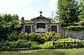 Bonames, Friedhof, Ruhestätte Familie Wiemer.JPG