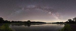 Bontecou Lake Milky Way panorama.jpg