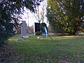 Bovenden Friedhof Weltkriegsgedenken.jpg
