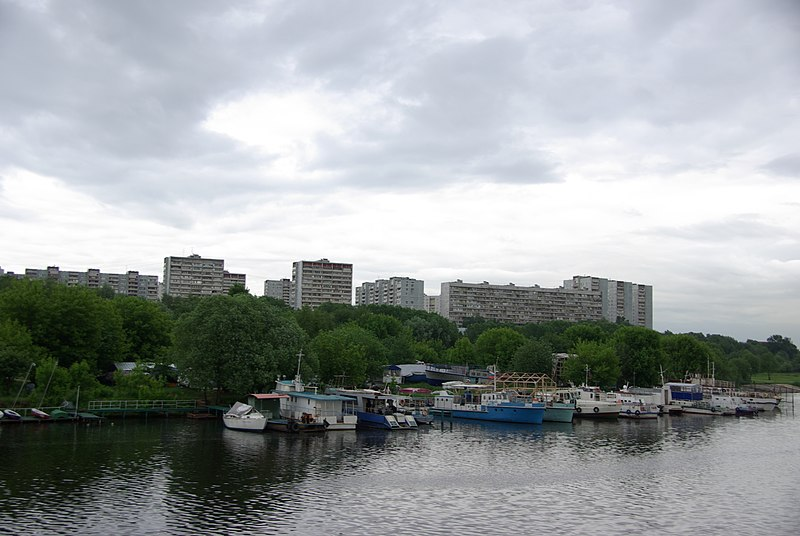 File:Brateyevo District, Moscow, Russia - panoramio (14).jpg