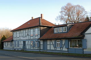 http://upload.wikimedia.org/wikipedia/commons/thumb/2/2e/BraunschweigRaffturmVonB1aus.jpg/320px-BraunschweigRaffturmVonB1aus.jpg